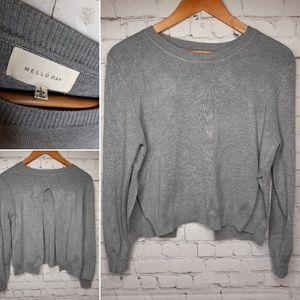 Mello Day sweater size L